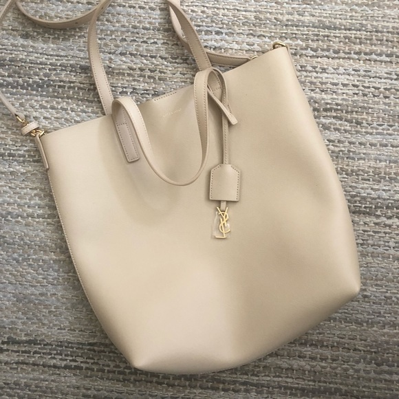 e6bb2fc0 Saint Laurent Toy Shopping Leather Tote